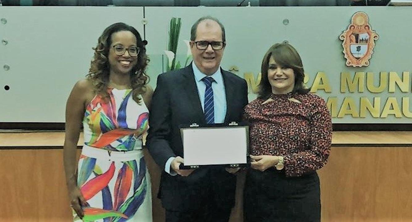 Artigo na Saúde em Redes recebe homenagem da Câmara Municipal de Manaus